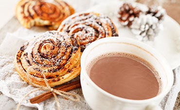 Cinnamon Bun and Hot Chocolate